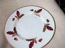 SUPERB ANTIQUE DINNER PLATE HANDPAINTED GOLD ACORNS SIGNED AT BACK BR185 CREGGON